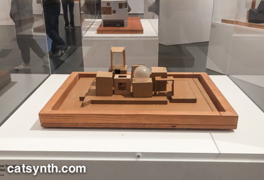 Frank Gehry house design